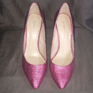 EUC Gorgeous BCBG Shimmer Pink Heels, Size 9